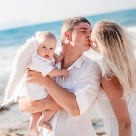 Best Santorini photographers