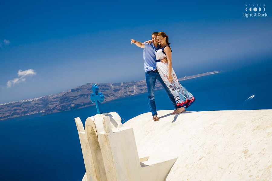 Love story photography Santorini Greece