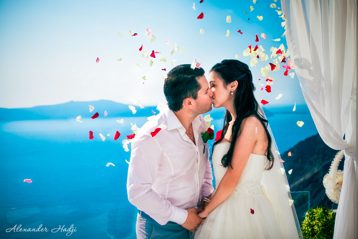 Wedding in Santorini Dana Villas review