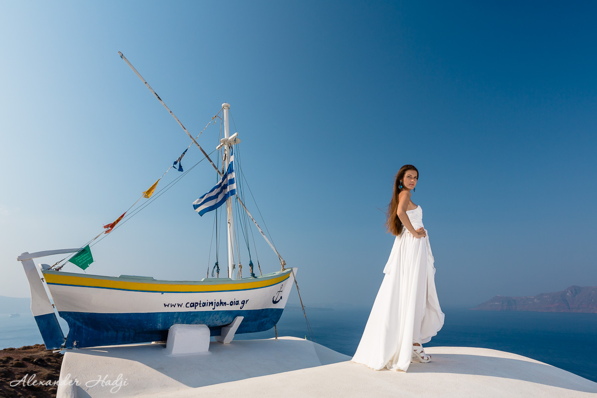 Santorini romantic photo shoot