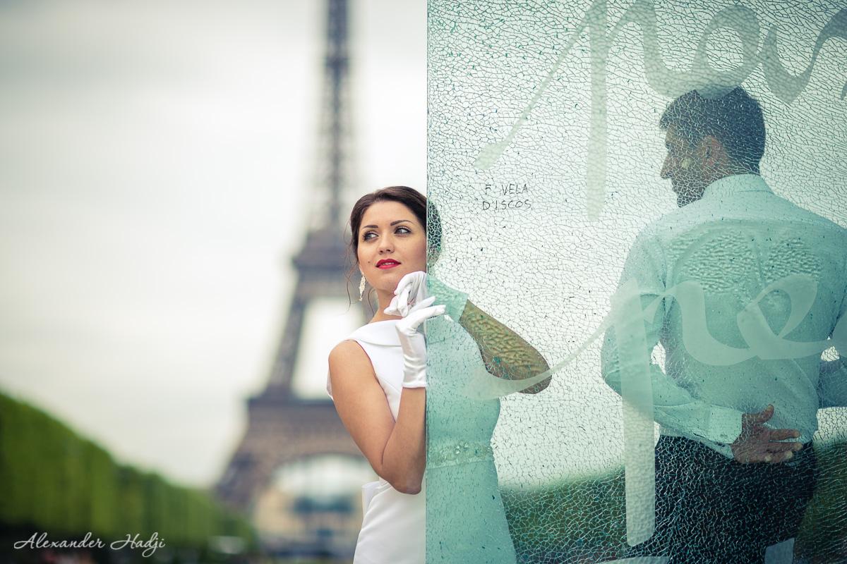 Paris honeymoon photoshoot