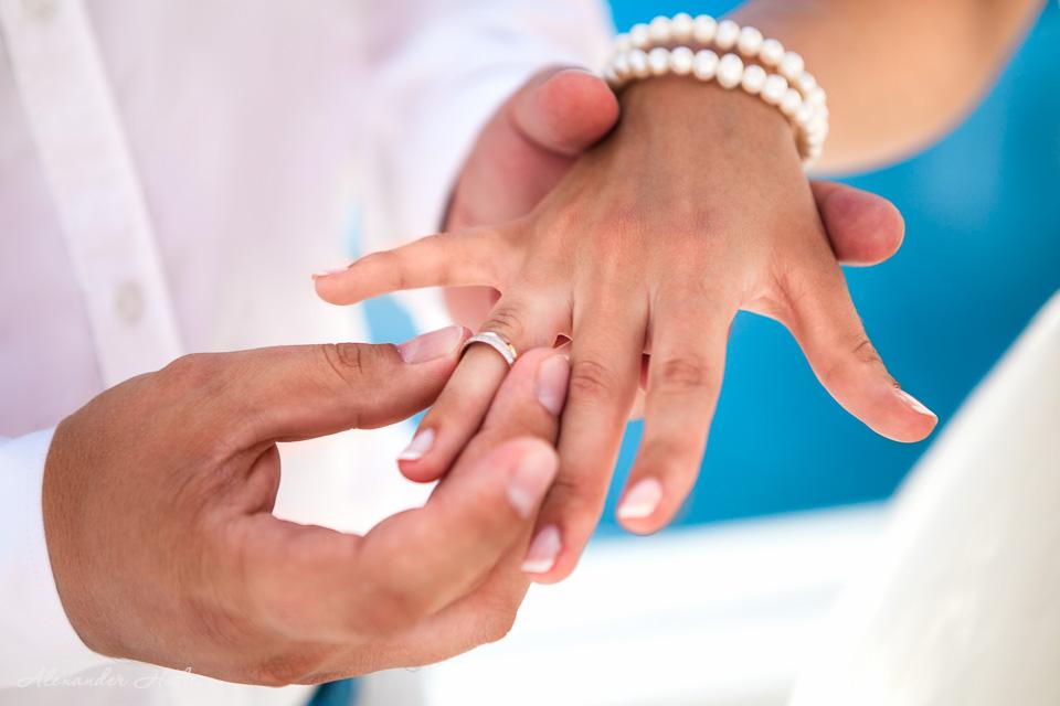 Santorini wedding details