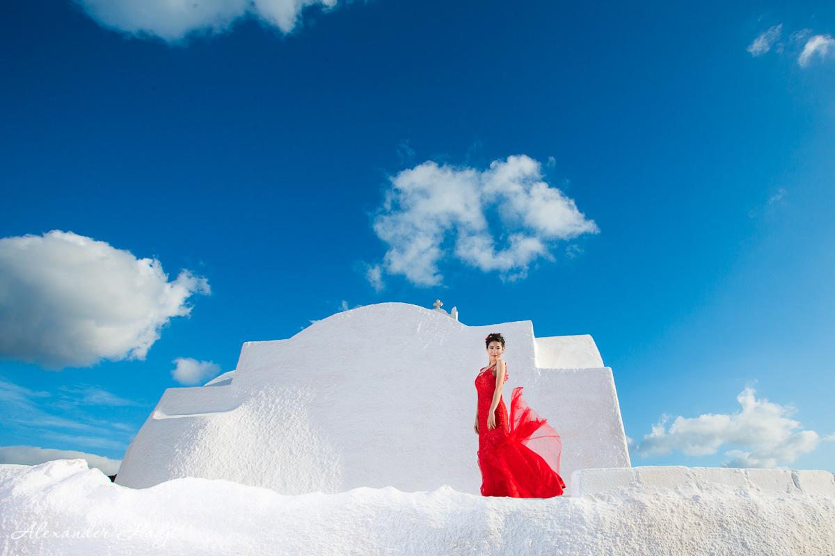 Santorini pre wedding photo shoot