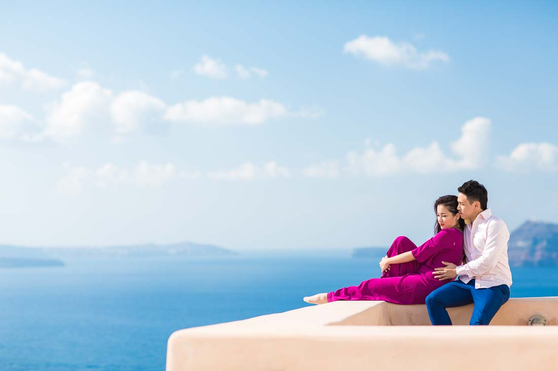 Santorini prewedding photographer