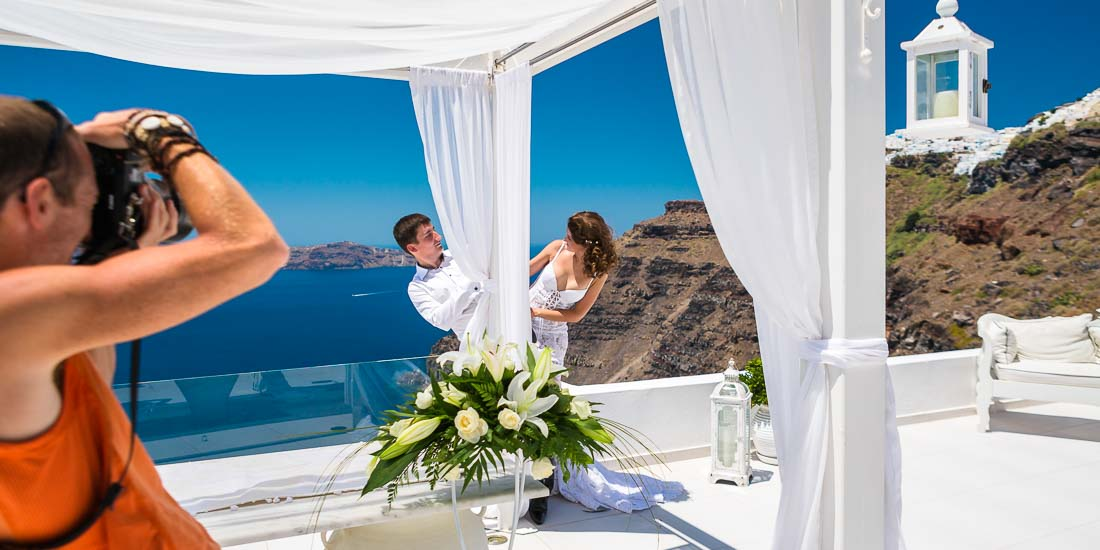 Santorini wedding photography backstage scenes