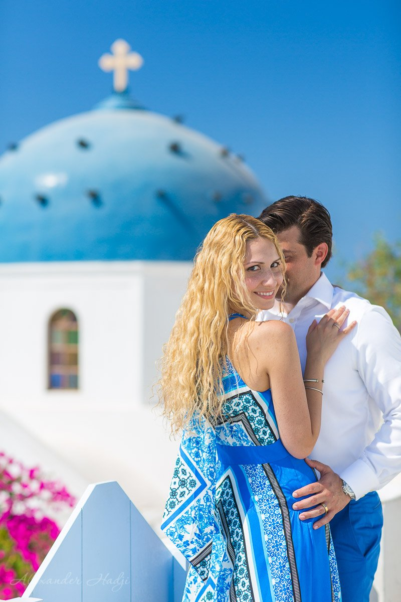 professional photographers in santorini