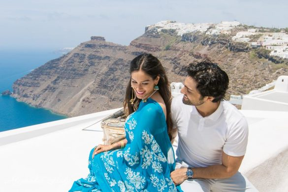 Photo of couple on Santorini
